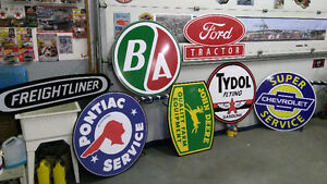 LARGE JOHN DEERE MASSSEY HARRIS CASE IH AND FORD TRACTOR SIGNS