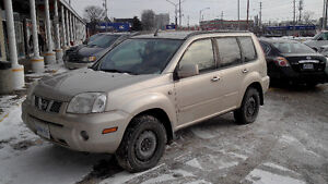 Nissan X-trail - AWD - WINTER TIRES - MUST SELL