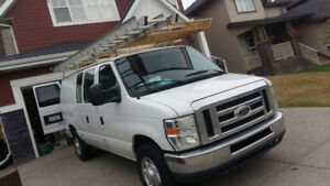 2013 Ford E-250 Van LOW KMS