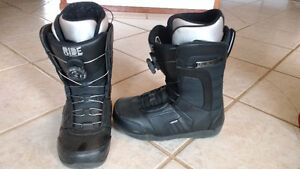 Mens Size 8 Ride Snowboard boots