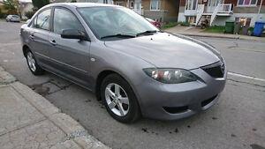 2005 Mazda Mazda3 Sedan automatic( very clean )