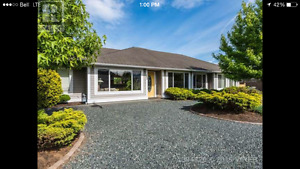 Immaculate 3 bed/2 bath house