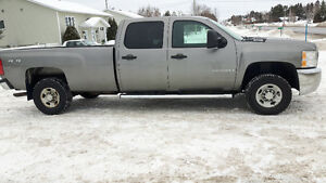 2009 Chevrolet C/K Pickup 2500 HD Camionnette NEGOCIABLE