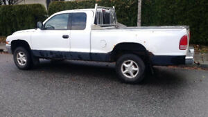 1997 Dodge Dakota 4 x 4 EXT Cab V8