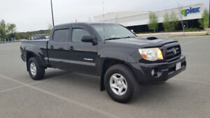 2005 Toyota Tacoma TRD Sport Pickup Truck-very good condition