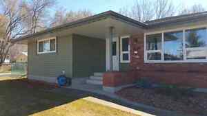 """ROOFING / 5"""" CONTINUOUS EAVESTROUGHING Strathcona County Edmonton Area image 3"""