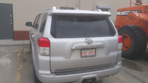 Toyota 4runner 2011 Limited Edition w/DVD