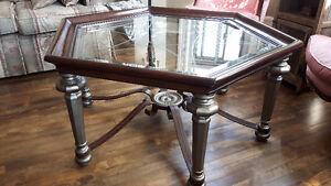 Table de salon originale