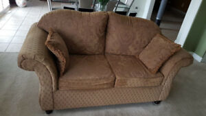 Sofa - Beige - Set of 3 - MUST GO IMMEDIATELY - COLLECTION ONLY