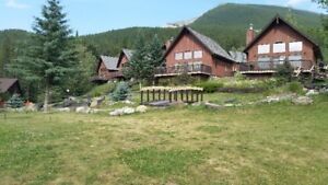 Chalet in the mountains close to Banff and Calgary Stampede