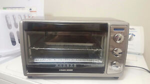 Brand new Black and Decker convection oven