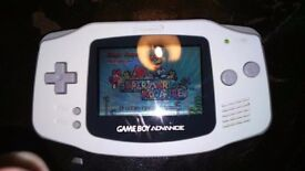 RARE Gameboy Advance white with 1 game