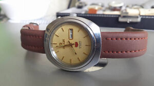 Vintage Ricoh Automatic 21 Jewel Day Date