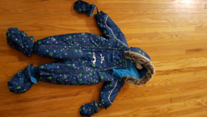 12m Oshkosh Snowsuit - Like NEW!