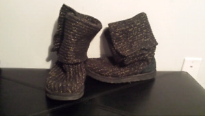 Ugg Cardigan Boot / Botte 7