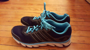 Selling a pair of adidas running shoes size 7.5!!! Kingston Kingston Area image 1