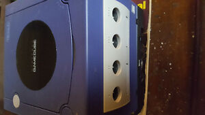 Nintendo Game Cube plus 3 Games