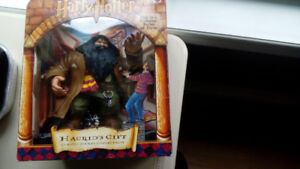 Harry Potter Hagrid's Gift classic scenes collection