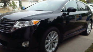 Venza AWD * No Accidents * New Winter & A/Season Tires * Finance