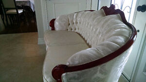 Couch Loveseat Coffee table set Kitchener / Waterloo Kitchener Area image 9