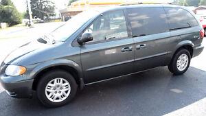 2006 Dodge Grand Caravan Stow and Go