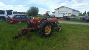 massey ferguson farm tractor and implement