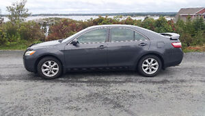 Like new 2009 Toyota Camry LE Sedan