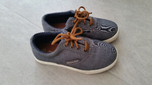 Boys shoes size 11 toddler - 2 pairs - like new!