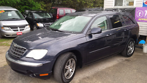 2007 chrysler pacifica suv awd fully loaded