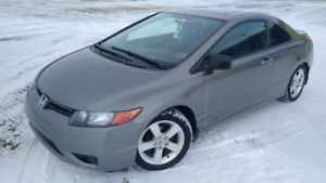 2007 Civic EX with 2 sets of wheels and tires 6500$