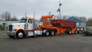 Peterbilt 378 2005 avec remorque roll off laurin