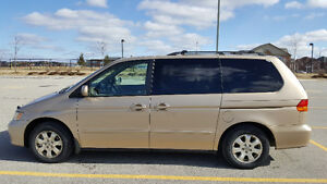 Honda Odyssey EX 2002 - Leather Seats - Power Options - CLEAN