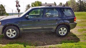 2004 Ford Escape XLT Duratec VUS AUTRE AUTO VOIR PHOTO