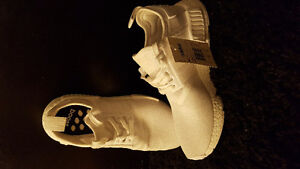 NEW PRICE! Addidas nmd r1 all white never worn