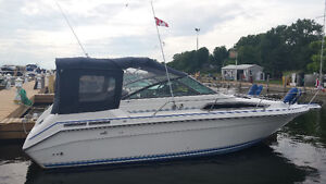 25 FT Sea Ray($13,900(Ride in style ) 50 hours on Rebuilt engine