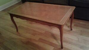 Table de salon ancienne