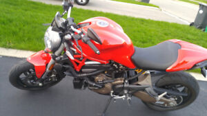 Ducati Monster 821 for sale. Low kms