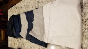 Maternity Lot- 1 pair of shorts, 2 capris