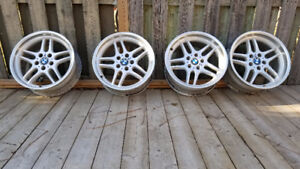 """18"""" OEM M-Parallel Style 37 BMW E39 Wheels/Roues/Mags/Jantes"""