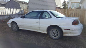 1998 Pontiac Grand Am Coupe (2 door) Moose Jaw Regina Area image 4