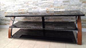 Meuble T.V en bois, tablettes vitrées noires