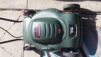 """Black and Decker 18 """" electric lawnmower"""