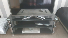 Black glass Tv table