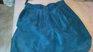 Ladies Suede Pants, Midnight blue / Purple Kitchener / Waterloo Kitchener Area image 3
