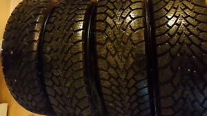 Goodyear Ultra Grip Winter Tire - 185/65R15