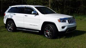 Magnifique Jeep Grand Cherokee Limited avec seulement 19000km
