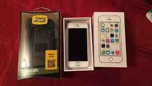 16g Gold IPhone 5s