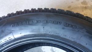 225 60 R18 Firestone Firehawk 4 Snow Tires