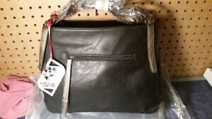 KG&B Leather Purse - New