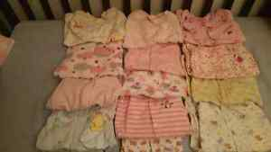 BABY GIRL 0-3 MONTHS CLOTHES Kitchener / Waterloo Kitchener Area image 1